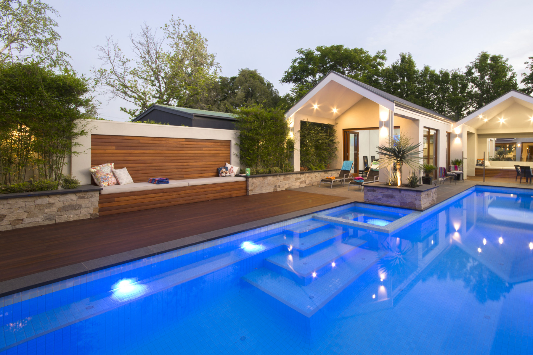 Swimming pool builders designs construction in adelaide for Swimming pool builders